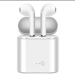 Fancy Tech I7s wireless earbuds sport BT in-ear headphones stereo headphones Black and white for Sale in Alexandria, VA