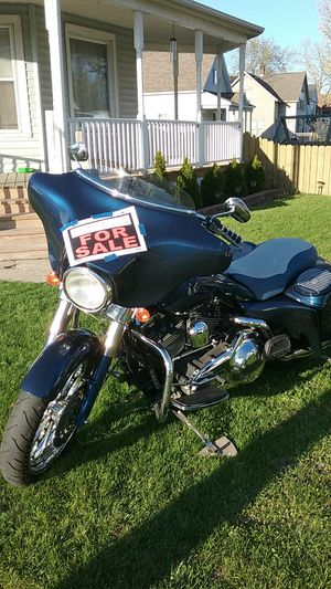 2007 harley (Will trade for muscle car camaro,mustang etc in good condition ) for Sale in Detroit, MI