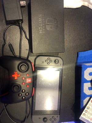 Nintendo Switch & Nintendo Switch Pro Controller for Sale in Hacienda Heights, CA