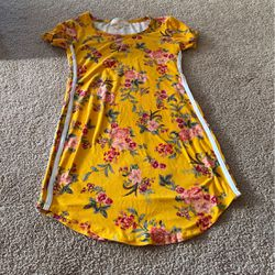 Yellow Flower Dress for Sale in Vancouver,  WA
