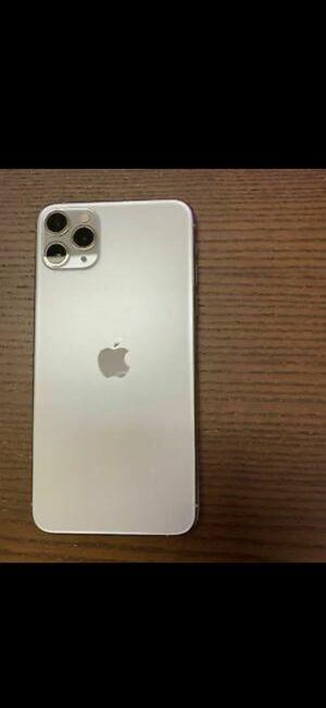 iPhone 11 pro max unlocked for Sale in Bridgeport, CT