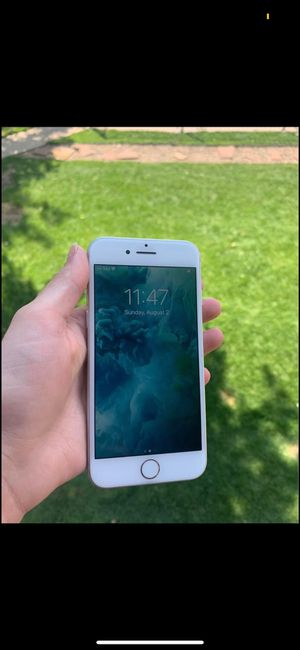 iPhone 8 for Sale in Denver, CO