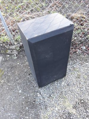 Speaker for Sale in Covington, WA