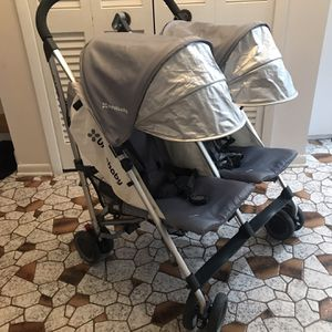 Uppababy Glink Double Stroller for Sale in Cuyahoga Heights, OH