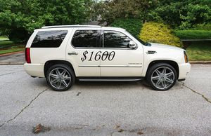 🍀I sell👍my🆕family🍀Suv $1,600🍀2008 Cadillac🍀 for Sale in San Francisco, CA