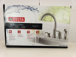 Delta Bellini Single Handle Kitchen Faucet (Brilliance Stainless) for Sale in Downey, CA