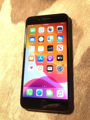 Apple iPhone 8 Plus 64gb Space Grey unlocked for ATT and Cricket! CLEAN imei for Sale in Chicago, IL