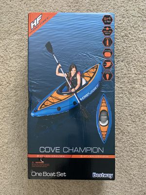 Bestway Hydro-Force Cove Champion Inflatable Kayak Set W/ Paddle, Pump for Sale in Newport Beach, CA