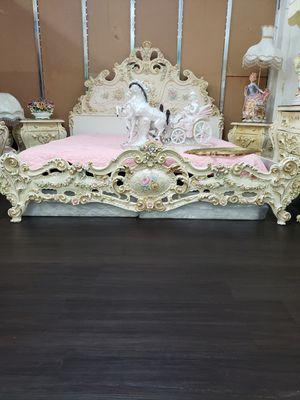 Italian bedroom set for Sale in Los Angeles, CA