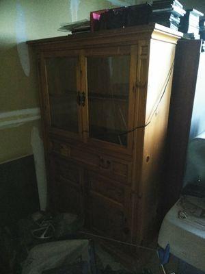 Curio cabinet for Sale in Colorado Springs, CO
