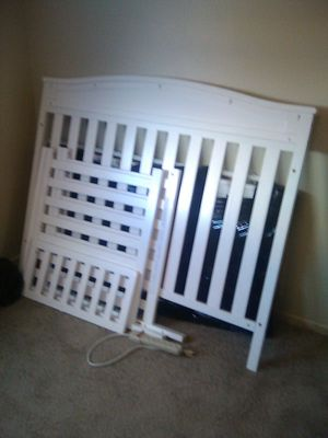 Baby crib for Sale in Colton, CA