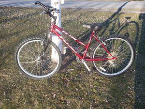 Women's Fuji mountain bike for Sale in Bellefonte, PA