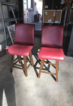 Cushy Counter Height Swivel Stools for Sale in Wheat Ridge, CO