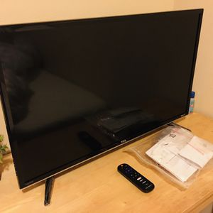 TCL Roku TV (32') for Sale in Shoreline, WA