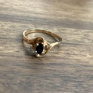Blue Sapphire Ring 18K Gold, Size 6 for Sale in Irvine, CA