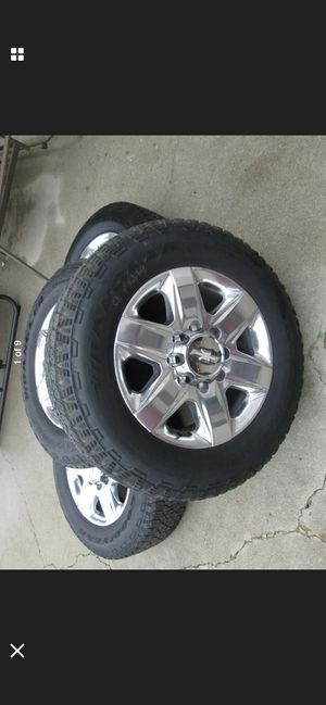 2020 Chevy 2500 3500 oem wheels and tires 20 for Sale in Seattle, WA