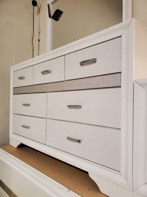 Dresser, White for Sale in Santa Ana, CA