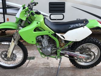 02' Kawasaki KLX 300R for Sale in Bethlehem,  GA