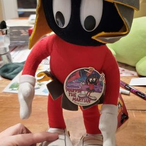 "Warner Bros Looney Tunes Marvin the Martian 13"" Plush Stuffed Doll Toy 24K 1991 for Sale in Las Vegas, NV"
