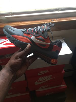 Nike Air max 270 react size 7y $90 obo for Sale in Berwyn, IL