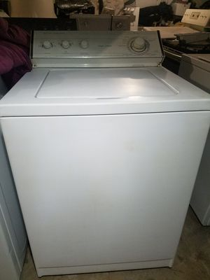 WHIRLPOOL LARGE CAPACITY WASHER for Sale in Waterbury, CT