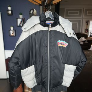 VTG Spurs Puffer Jacket Size Large for Sale in Arlington, TX