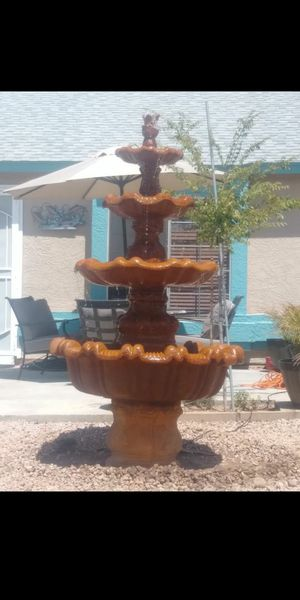 Water fountain for Sale in Peoria, AZ