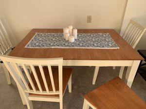 Expandable dining table with 4 chairs for Sale in Philadelphia, PA