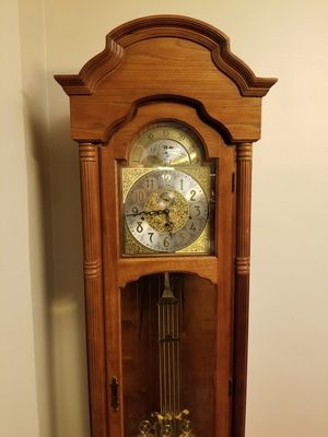 Ridgeway Grandfather Clock for Sale in Sioux City, IA