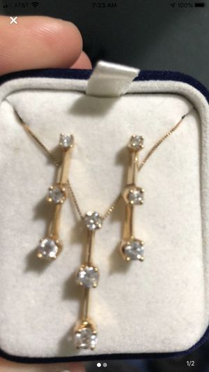 Diamond necklace & earrings for Sale in Los Banos, CA
