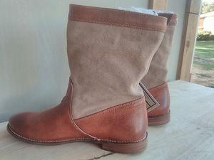 Frye work boots women 9 1/2 for Sale in Everett, WA