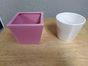 "2 - Nice Mini Ceramic Flower Pots - Size 3.5"" Tall for Sale in Fullerton, CA"