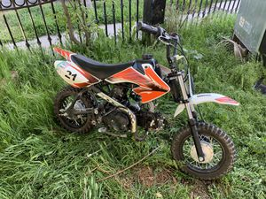Dirt bike 50cc for Sale in Fresno, CA