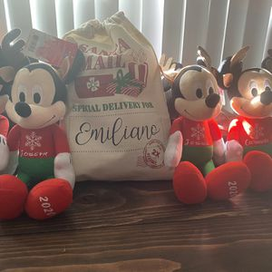 Disney Mickey & Minnie Mouse Plush for Sale in Rowland Heights, CA