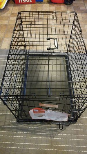 dog crate 30l 19w 21h for Sale in Warren, MI