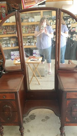 Antique wood vanity with three-way mirror for Sale in Gresham, OR