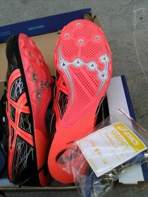 ASICS TRACK& FIELD SHOES for Sale in Long Beach, CA