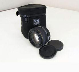 Sigma 30mm f/1.4 EX DC HSM Prime Lens for Canon Rebel T7i T5i T3i for Sale in Norfolk,  VA