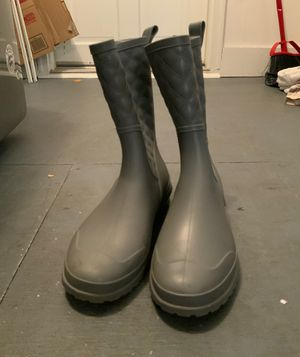 Rain boots size L for Sale in Kernersville, NC