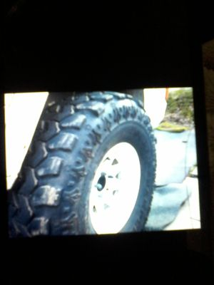 Wheel tire for Sale in CORNWALL Borough, PA