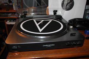 Vinyl player audio technica for Sale in Chicago, IL
