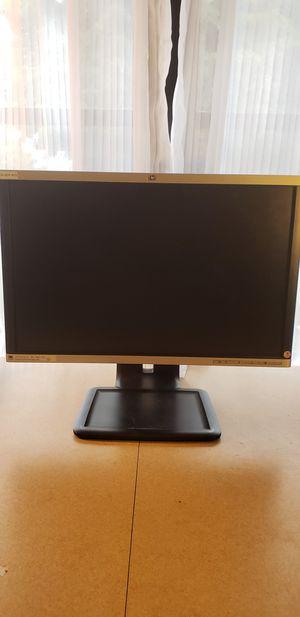 """HP LA2205wg LCD Monitor 22"""" VGA DP DVI-D 2-Port USB for Sale in LAKE CLARKE, FL"""