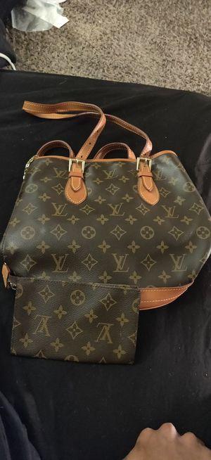 Louis Vuitton Monogram Canvas Petit Bucket Bag & wallet for Sale in Fort Worth, TX