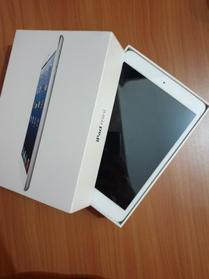 """Apple iPad mini (32GB)(Wi-Fi only internet access) Usable with Wi-Fi """"as like new. for Sale in Springfield, VA"""