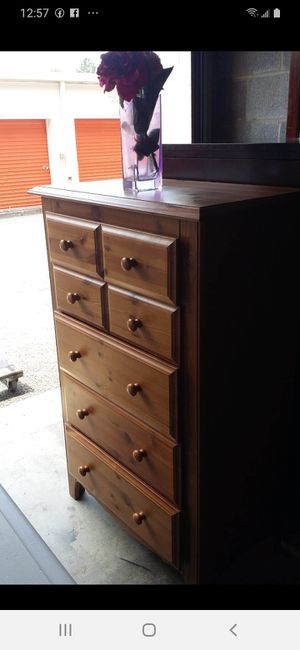 WOODEN CHEST OF DRAWERS DRAWERS SLIDING SMOOTHLY EXCELLENT CONDITION for Sale in Fairfax, VA
