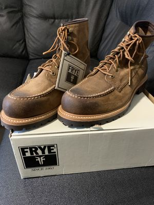 FRYE - DAKOTA MID LACE BOOTS ( NEW ) for Sale in New York, NY