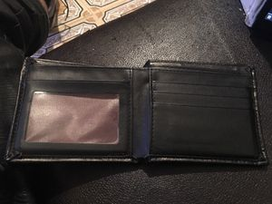 Black leather wallet for Sale in Bronx, NY