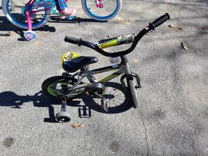 12inch boy bike for Sale in Richmond, VA