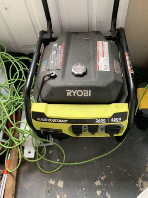 Ryobi Generator 4500 very strong used only 3 times for Sale in Clinton Township, MI