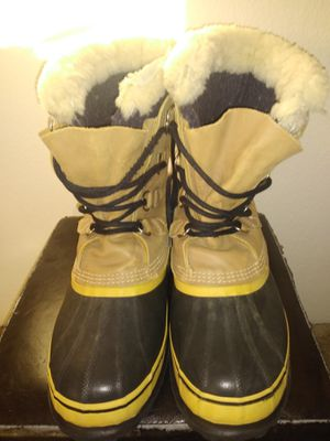 SOREL CARIBOU BOOTS for Sale in Wheat Ridge, CO